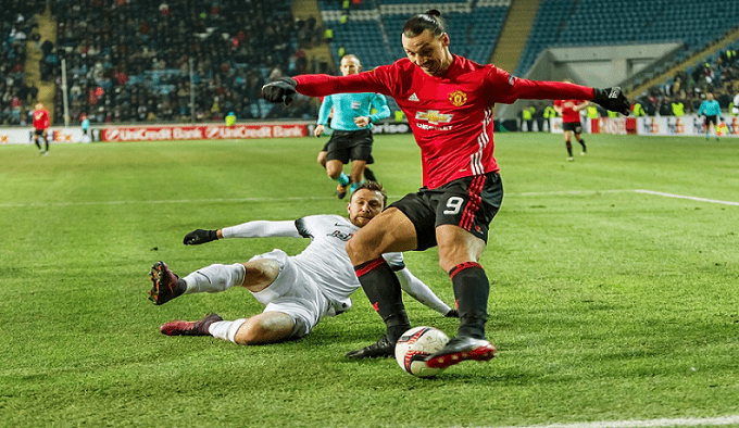 Zlatan Ibrahimović playing for Manchester Utd