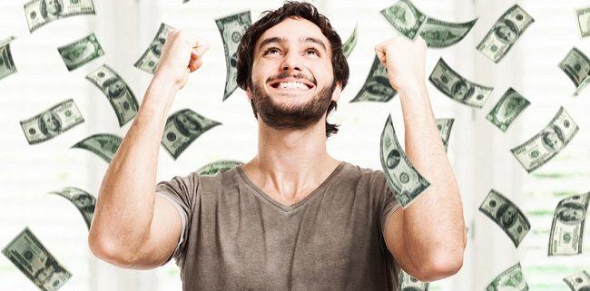 man winning money 2